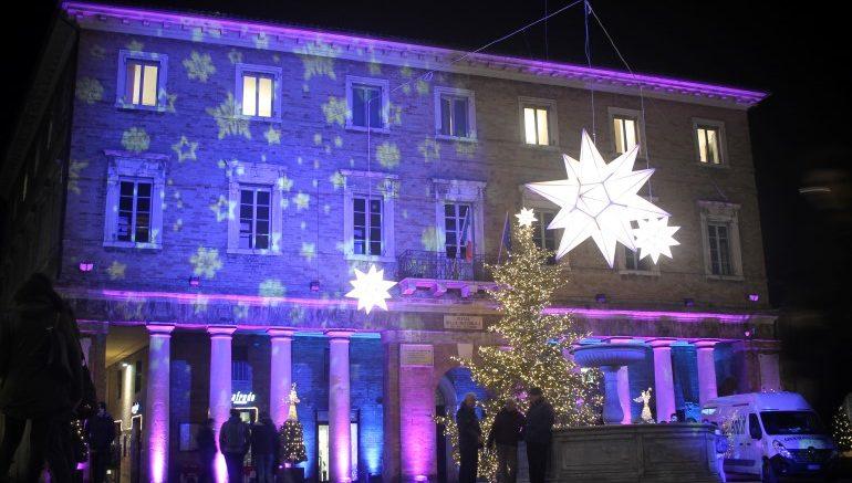 Natale A Urbino Turisti In Aumento Nella Città Ducale Ifg