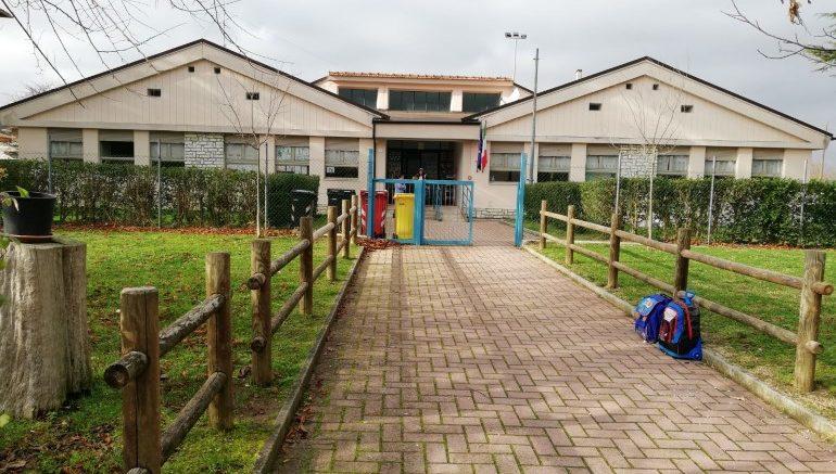 Ritorno a scuola, ma lezioni a rischio: docenti scioperano contro sentenza prenatalizia