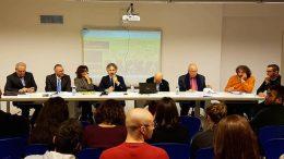 """Il senatore Francesco Verducci (quarto da sinistra) durante l'incontro """"Idee per l'università"""""""