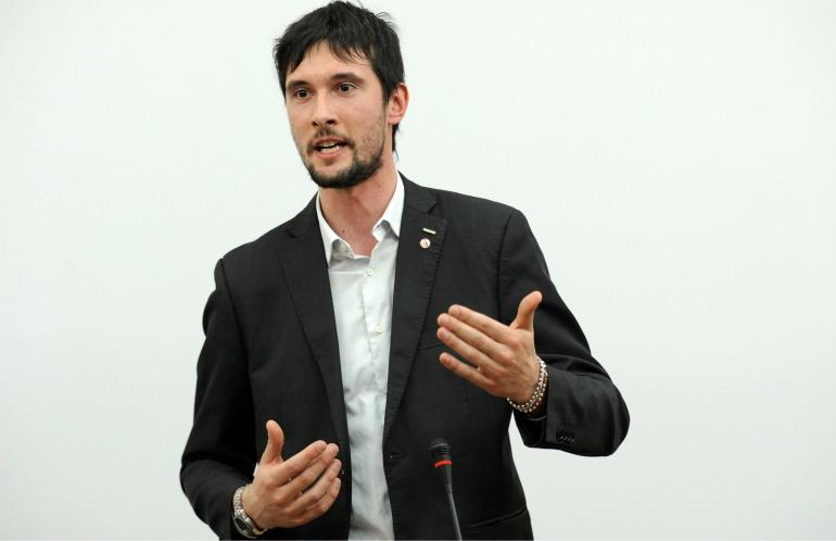 Elezioni 2018 cecconi va nel gruppo misto non si dimette for Gruppo misto camera
